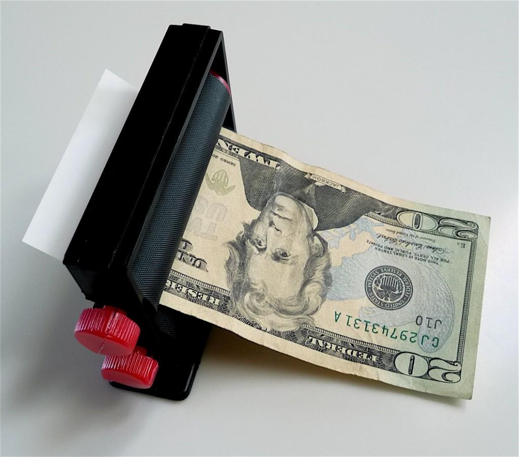 Как сделать машину для денег из бумаги