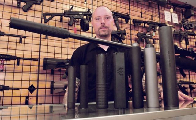 В США резко выросли продажи оружейных глушителей (ko_mon)
