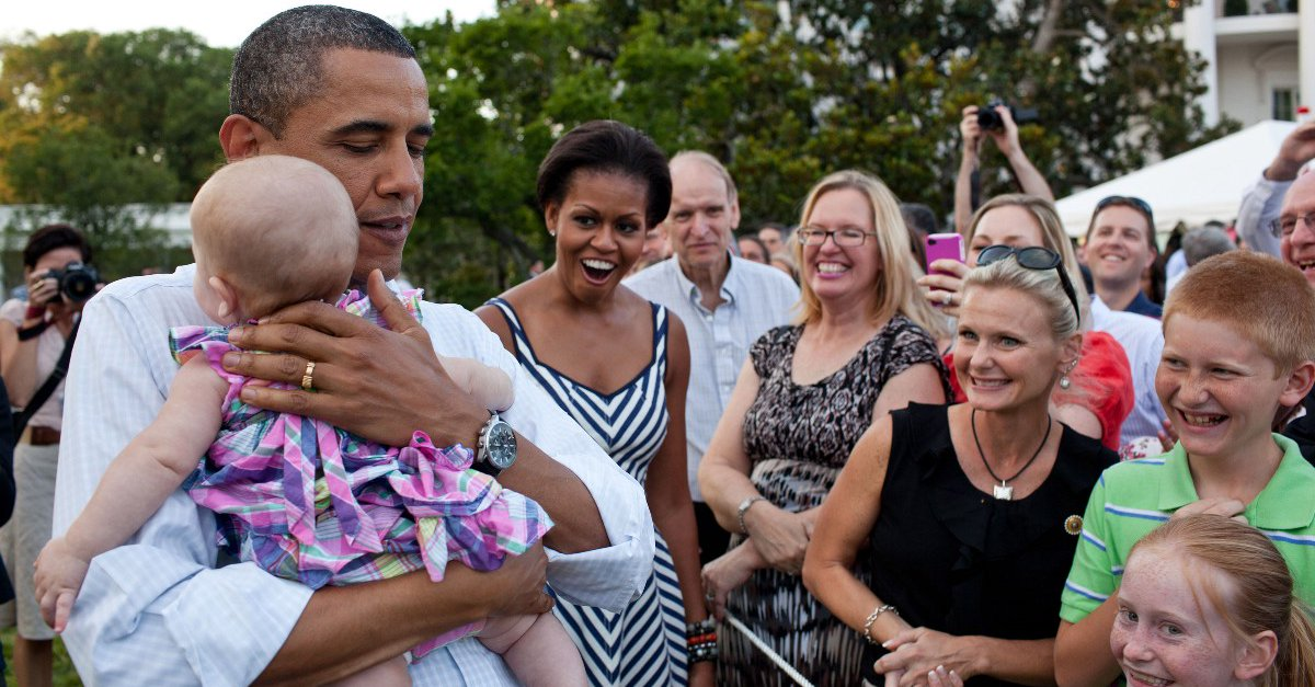 """Обама призвал нацию сплотиться против """"памперсного разрыва"""" (треть американских семей с трудом изыскивают средства на подгузники) (Podvalny)"""