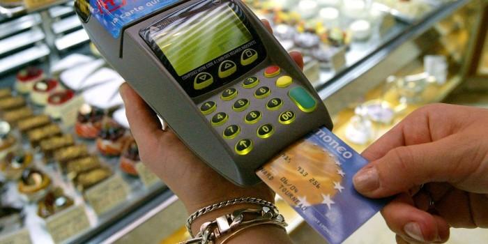 """Подразделение """"Сбербанка"""" озвучило показатели чрезвычайной закредитованности россиян (Колеяжник)"""