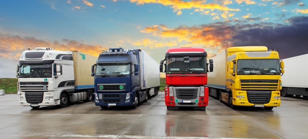 Обзор грузовых автоперевозок за 2015 год (кислая)