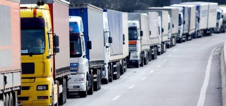 Многоходовка Путина с грузовиками (кислая)