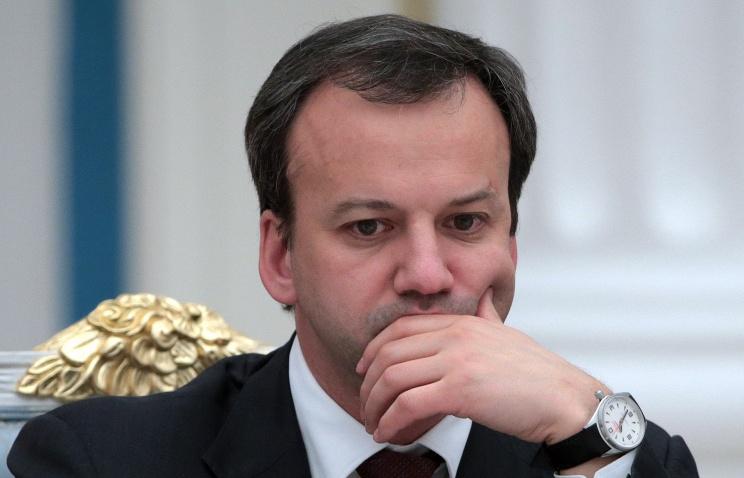 Дворкович: РФ запретила движение фур с Украины, кроме следующих в Казахстан под конвоем (кислая)