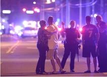 Wall Street Journal: В результате нападения на гей-клуб в американском Орландо убито 20 человек, 42 получили ранения (Владимир Маслов)