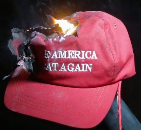 Война Трампа: Уличный протест и столкновения (видео) (GORA)