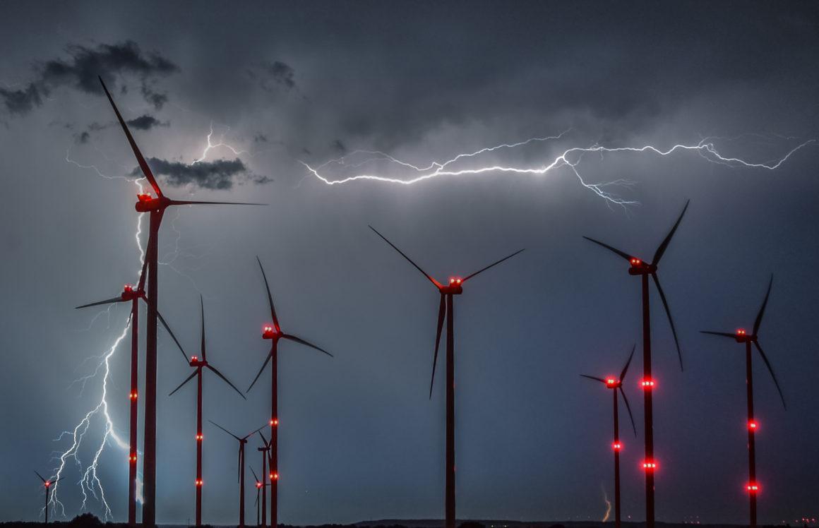 Что действительно{зачеркнуто} возможно будет происходить с немецкой энергетикой в светлом будущем (Тояма Токанава)