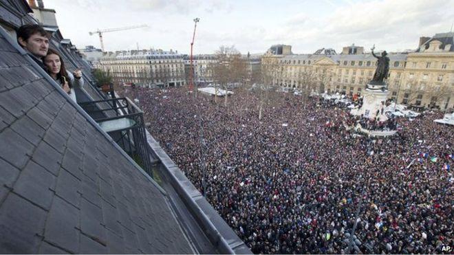 Протесты во Франции. Интервью с рабочим активистом Домиником Ферре (Смешинка)