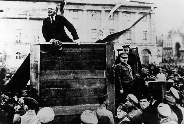 К.Семин: Еще раз о пломбированном вагоне Ленина – и тех, кто ныне валит из России (Смешинка)