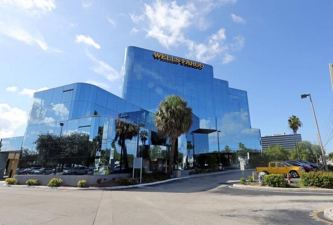 Московский полицейский скупил во Флориде недвижимостина $38 млн. (skif-99)