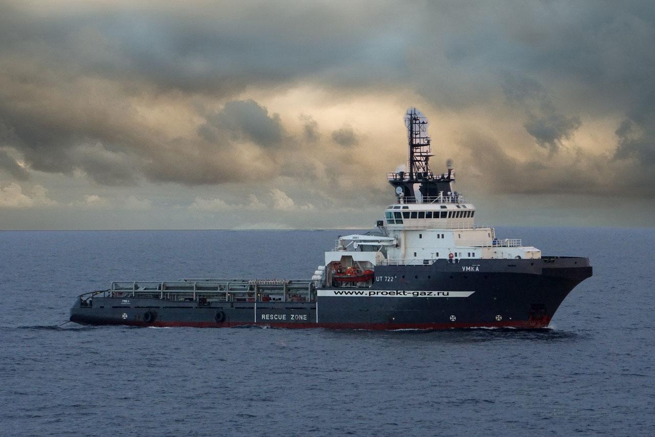 """В немецкий порт идет флот российских судов для строительства """"Северного потока-2"""" (Газовик)"""