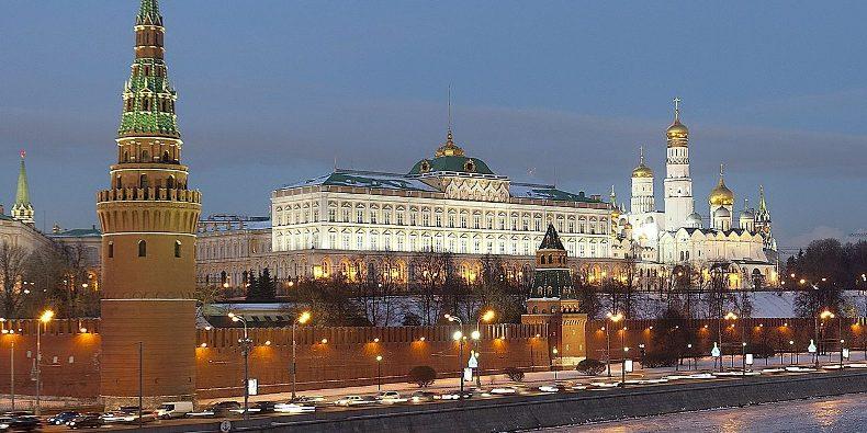 Пол Крейг Робертс: Россия либо слаба, либо Путина ограничивают из Вашингтона (Bazyaka)