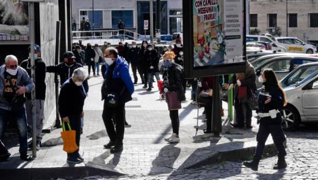 СМИ: В Италии говорят об угрозе голодных бунтов на юге страны