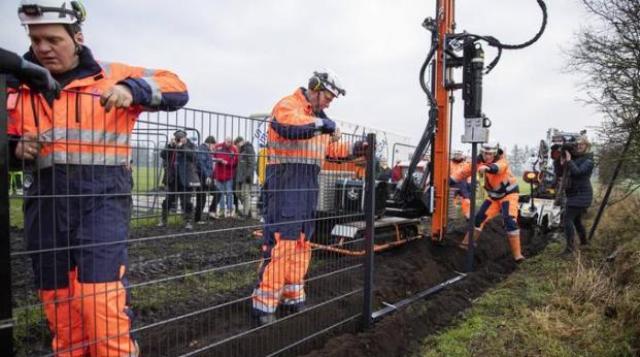 Дания начала строительство забора на границе с Германией (Postulat)