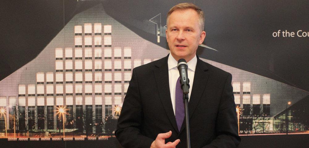 бывший глава Банка Латвии Илмара Римшевича