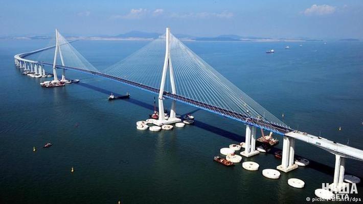 При Путине в России построили больше мостов-гигантов, чем за всё предшествующее время (арепо тетет)