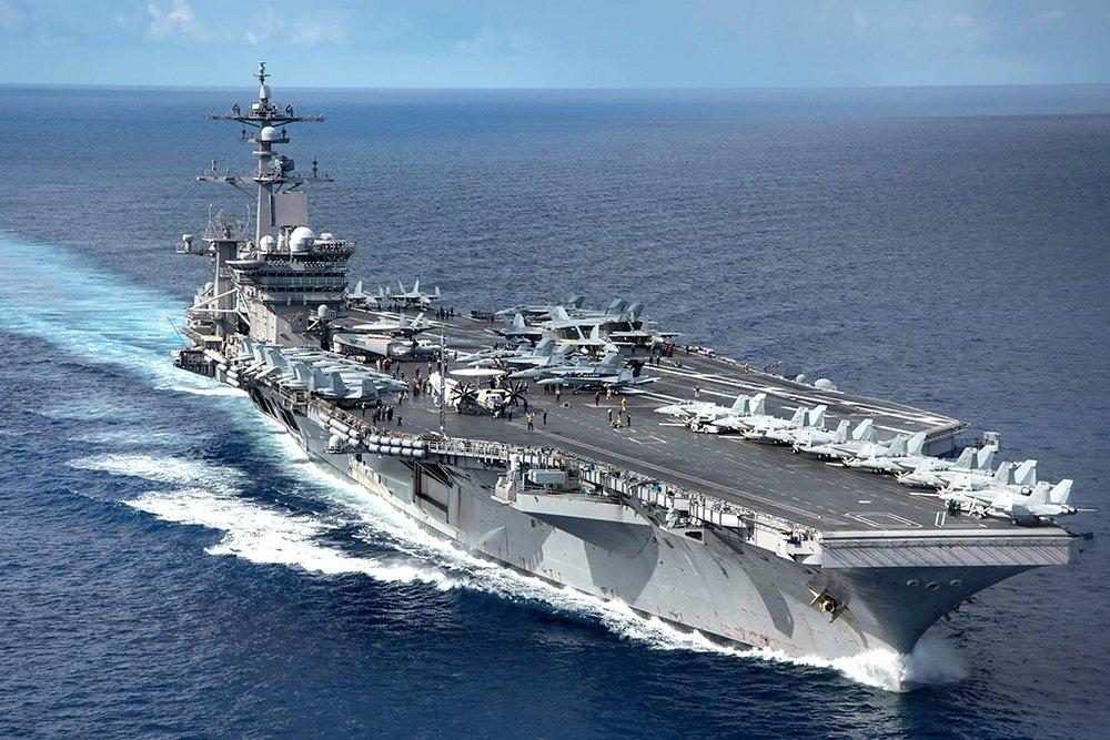 Авианосный флот США: а король-то голый! (Александр Запольскис)