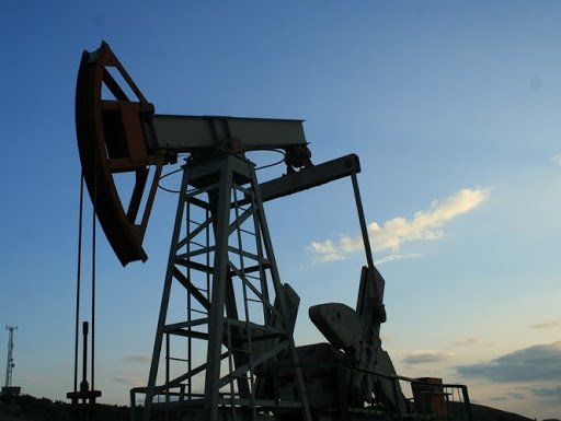 Нефть слишком дешевая потому, что она слишком дорогая (Лукич)