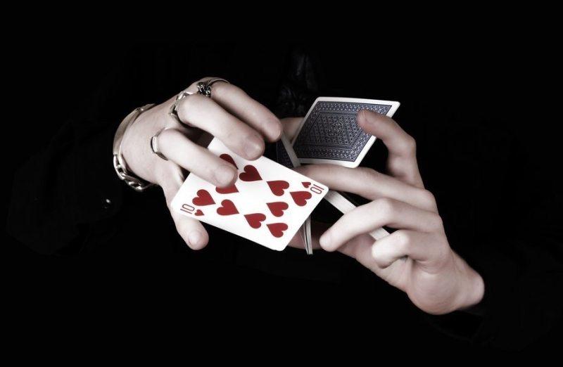 красивая девчонка и карточный долг - 2