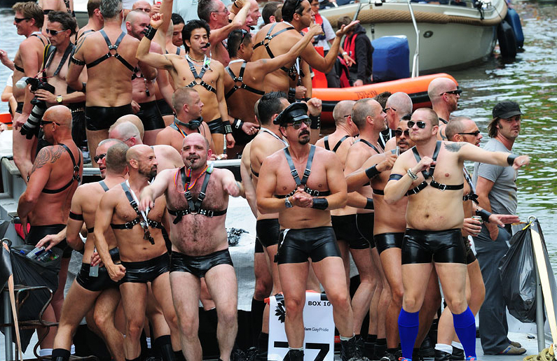 гей негры в австралии