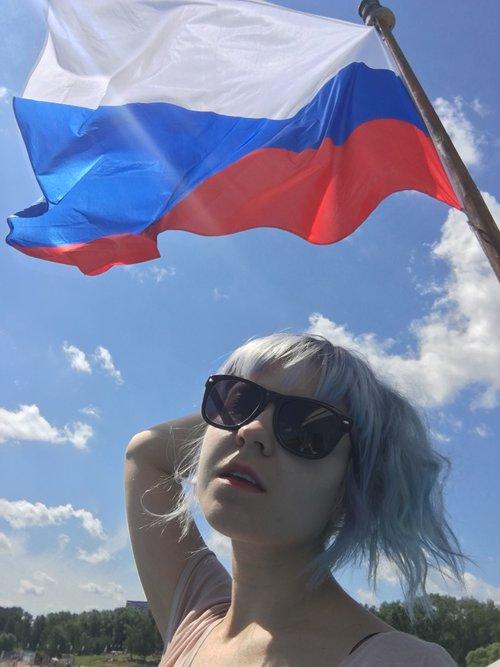 СОДОМИТ АТАКУЕТ! С днем России! Тематическая музяка (18+) (сайтMob)