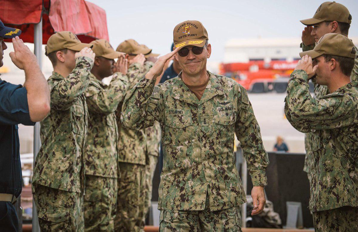 В Бахрейне обнаружили тело командующего Пятым флотом ВМС США (Mag)
