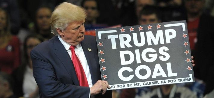 """Зеленая"" истерика: ""Трамп не просто отрицает изменения климата. Он еще хуже: он - карбонист!"" (Bledso)"