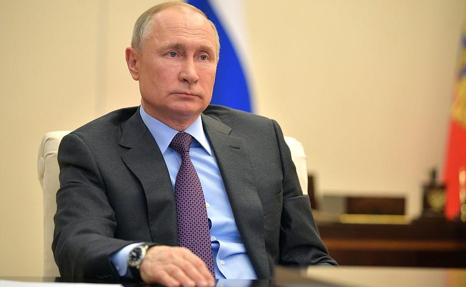 """Совещание у Путина по ситуации на мировом энергорынке: """"Мир на пороге острого дефицита нефти"""" (alexsword)"""
