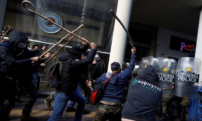 Греческая Сага: Доля мусора на банковских балансах составляет дикие 50.5% (alexsword)